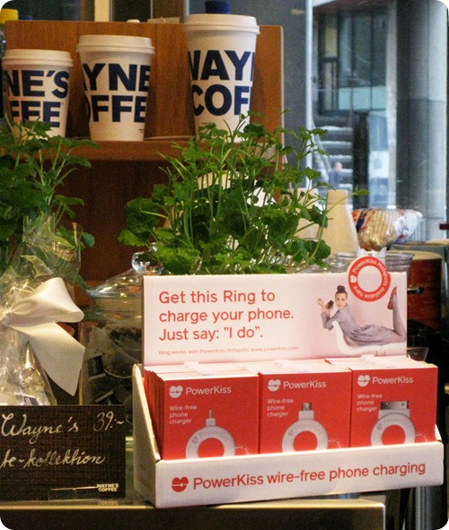 powerkiss wireless charging iphone smartphone
