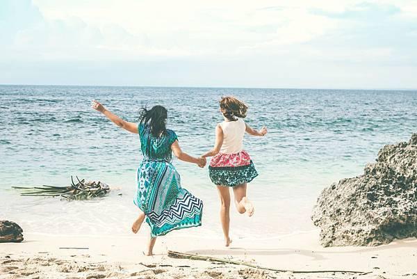 beach-cheerful-female-2578034.jpg
