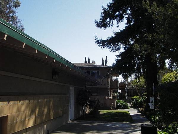 Apartment exterior2