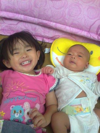2012.06.10-01小小希:這是我弟弟唷!