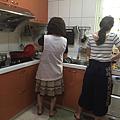 2017.06.04-004冠吟跟媽煮飯.png