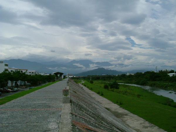 太平溪河堤.JPG