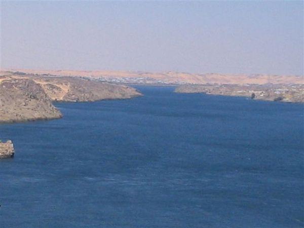 Aswan水壩7(2007.03.18).JPG