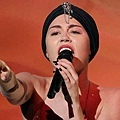 Miley-Cyrus-Wrecking-ball-the-x-factor