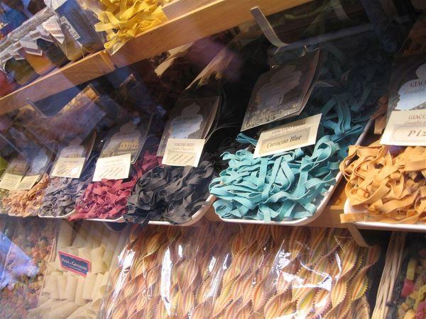 威尼斯義大利麵店 (3).JPG