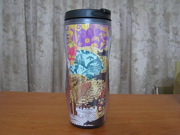 今年(2008)在成田機場買的京都杯!美呆了!