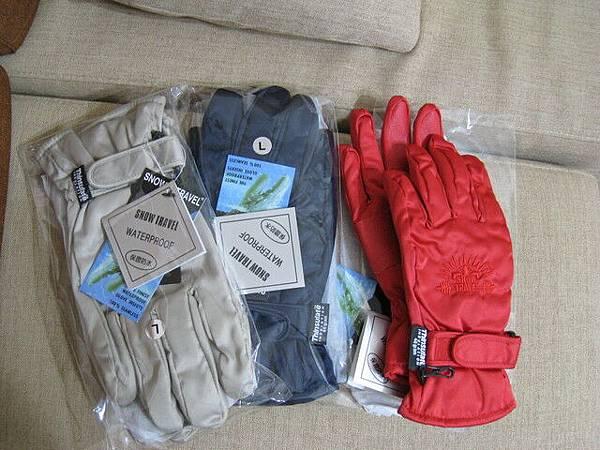 使用3M防水布的防水手套,一雙145元