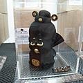 可愛的炭塑人偶:「福」,一尊要價九百