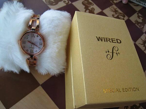 WIRED女錶,很有設計感,要價六千三