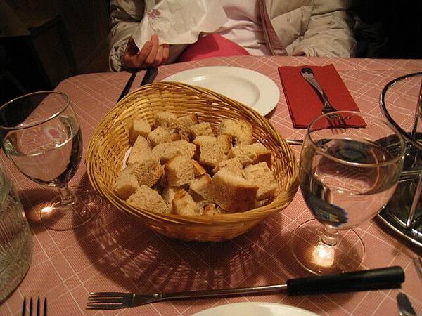 今日的晚餐--瑞士火鍋之一:起司鍋