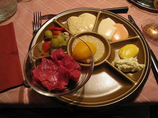 瑞士火鍋之二:炸肉鍋