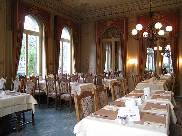 茵特拉根飯店的餐廳