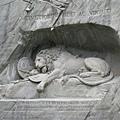 下山後,到達瑞士Luzern,這是「悲傷的獅子」