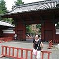 經常在日劇上出現的東大門口,其實是赤門,不是正門