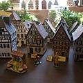 這些小房子很受遊客歡迎,不過我還是很理性的沒買