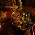 首先是沙拉,用橄欖油調味,很好吃