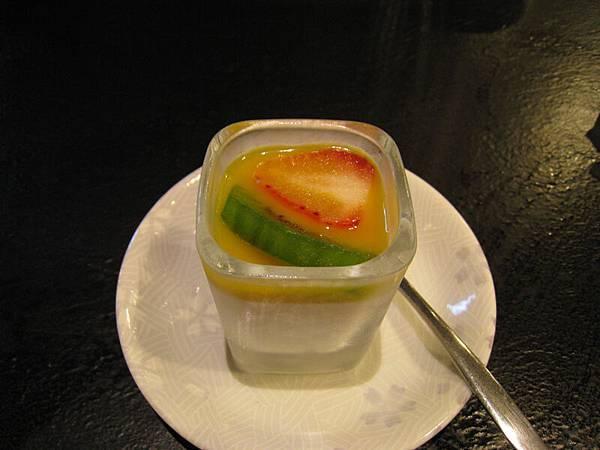 飯後甜點:水果優格