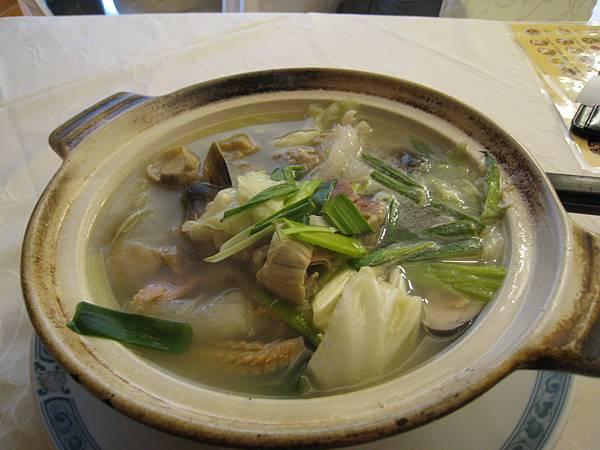 單點的砂鍋白菜湯