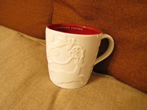 20091209麋鹿馬克杯,用五點紅利換的,挺有質感的呢!