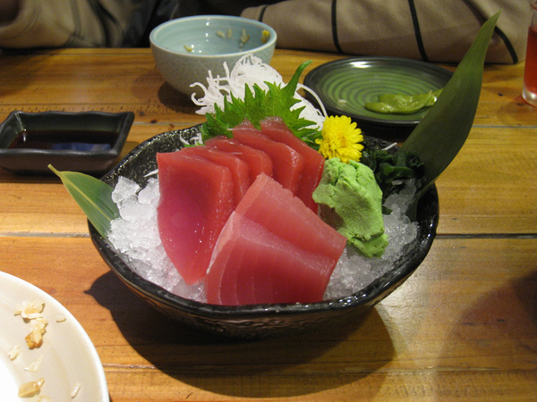 鮪魚生魚片