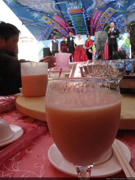 現榨的木瓜牛奶!! 讚!