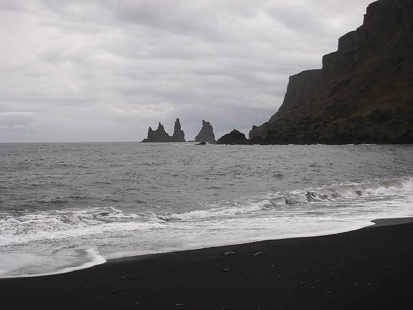 Vik 海岸邊