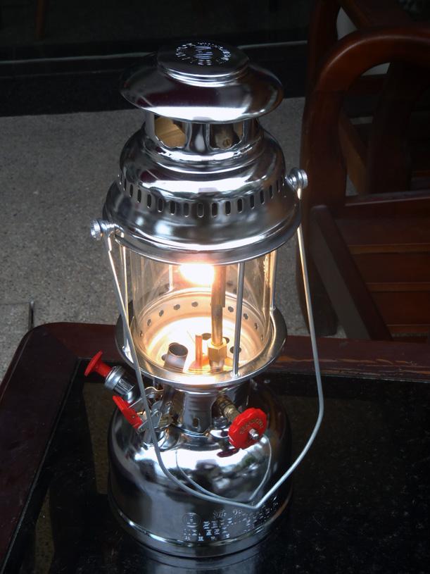 海錨匪燈.JPG