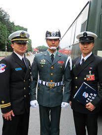 102年元旦大典 和當時再陸軍儀隊服役的明道合影