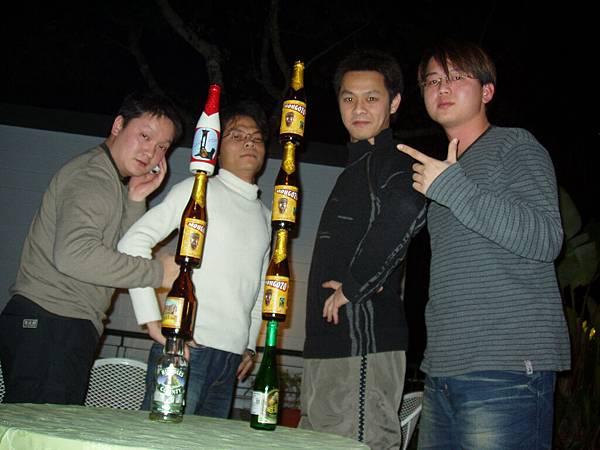 然後喝醉了就會亂幹蠢事。。。.JPG