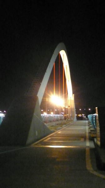 藝術車道橋