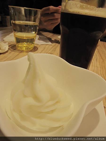 優格冰淇淋