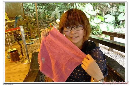 滿身大汗去買了一條好用的小方巾