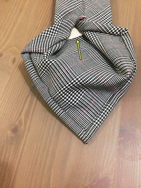 Tie Detail (7)