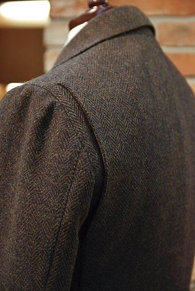 Tweed Hunting Jacket made by Sartoria Vanni. (2)