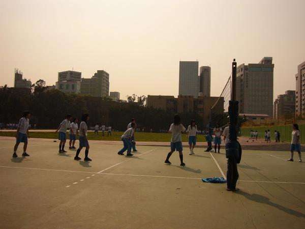 中山排球場.jpg
