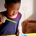 宋小駿最喜歡玩假裝自己在吃東西