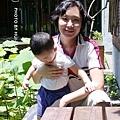 【6月29日星期天】難得和媽媽合照還不安分