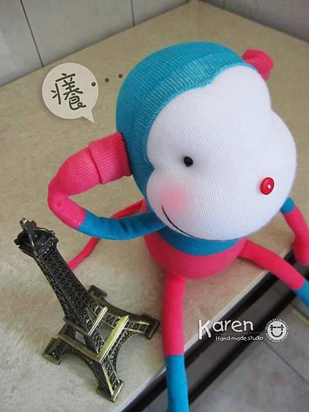 手作-襪子娃娃「藍桃猴」2