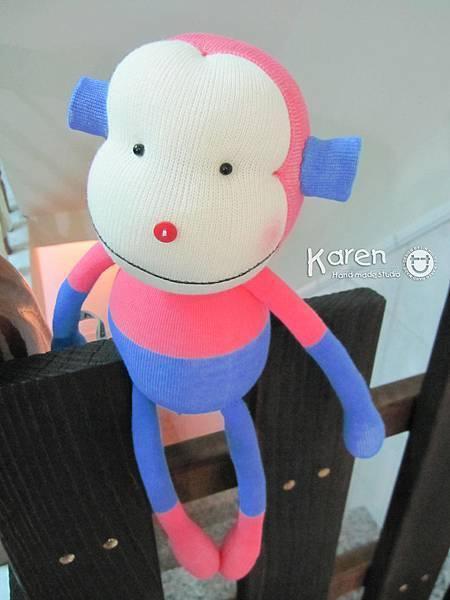 襪子娃娃-是白的猴