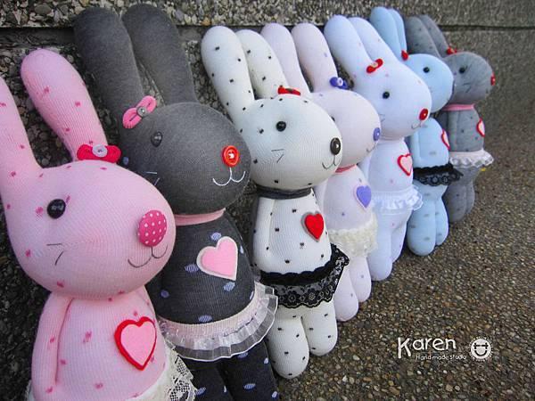 襪子娃娃-愛心兔2