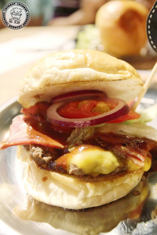 1漢堡3.jpg