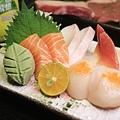 1生魚片.jpg