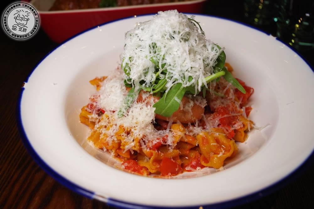 2-餐點-花朵麵+皮卡蒂莉藤茄醬0.jpg