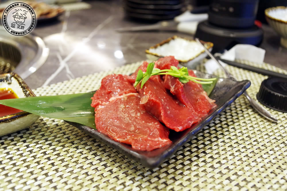 8料理-肉1.jpg