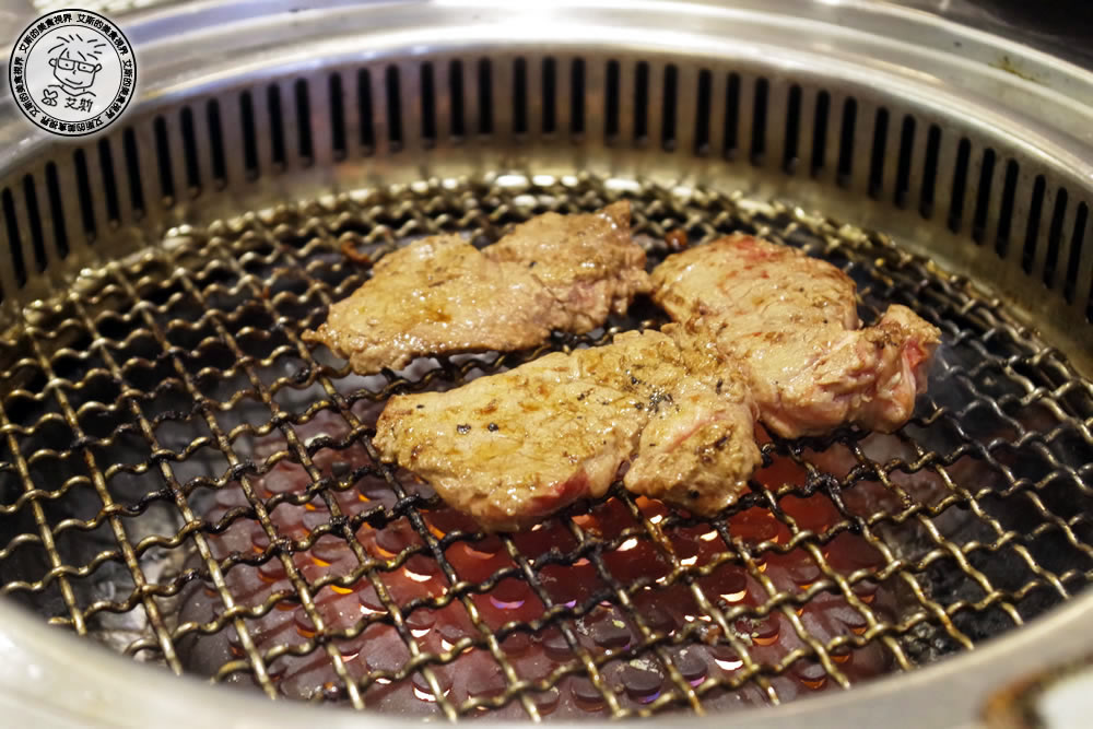 8料理-肉3.jpg