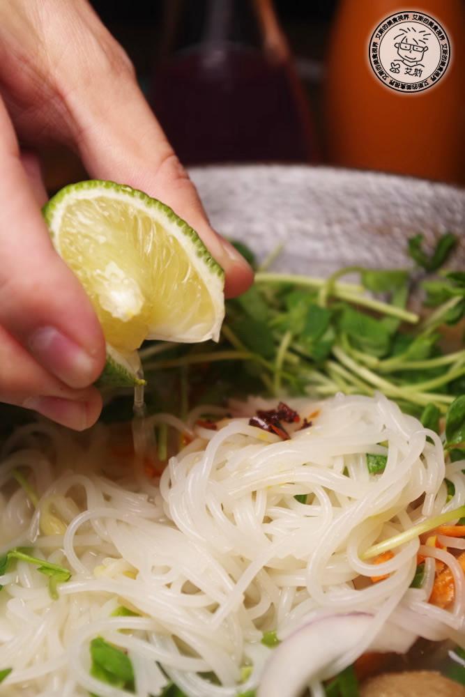 6清燉牛肉丸米線4.jpg