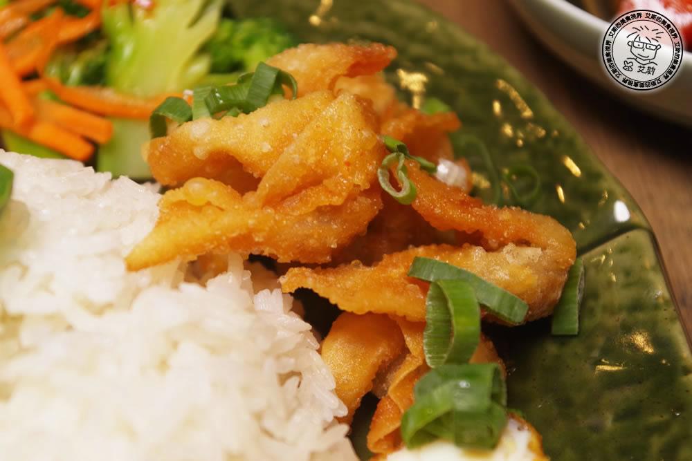 7泰式椒麻雞套餐4.jpg