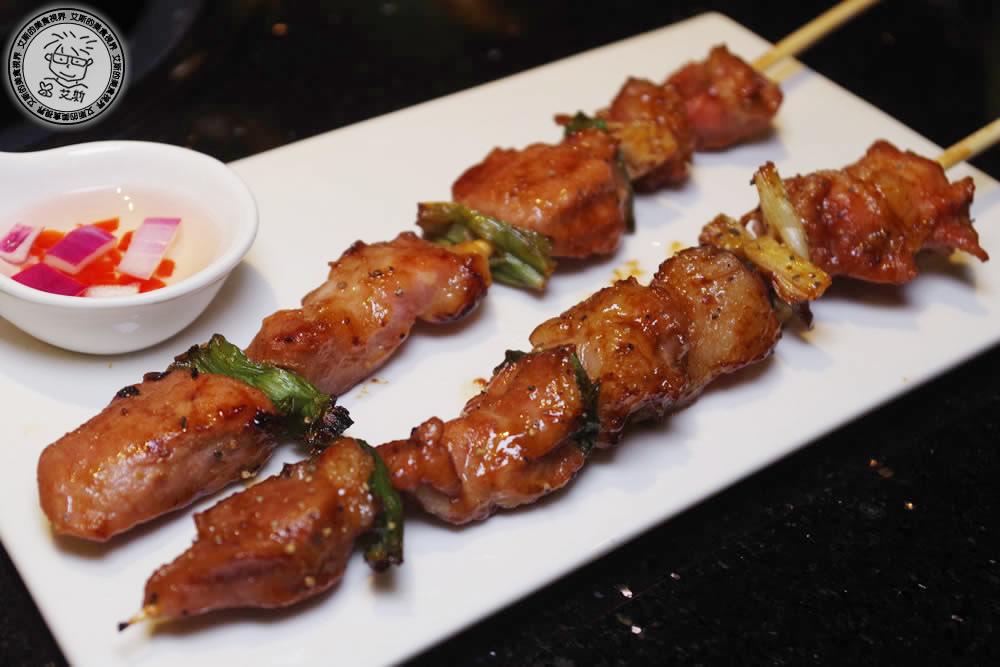 3烤物-湄南豬肉串.jpg