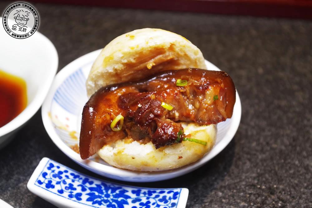 11帝王椒香燉牛尾佐紅藜米貼鍋饅頭5.jpg