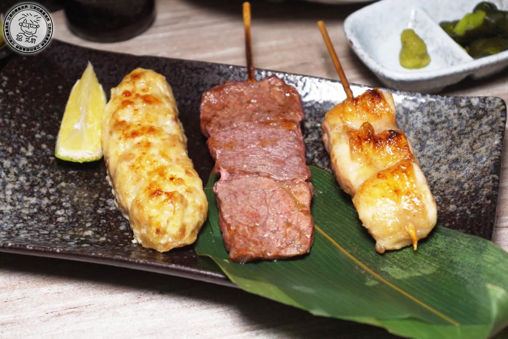 4雞肉丸子原味牛肉串雞腿肉串.jpg